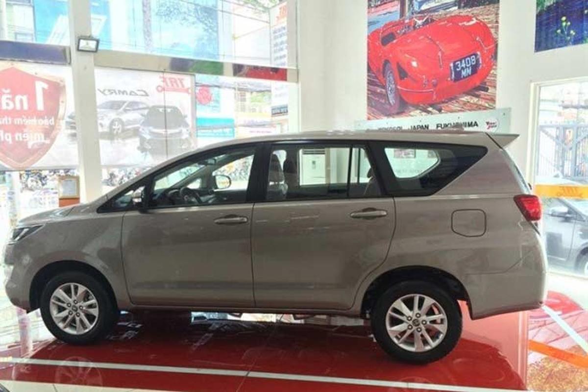 Xe Toyota Innova phien ban 2018 gia tu 752 trieu dong-Hinh-2