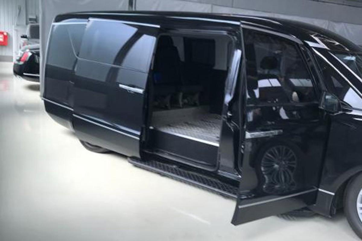 Minivan hang sang cua Tong thong Nga Vladimir Putin lan banh-Hinh-7