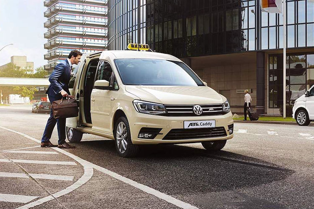 """Bo doi xe khach Volkswagen """"sieu sach"""" nho dong co dien-Hinh-2"""