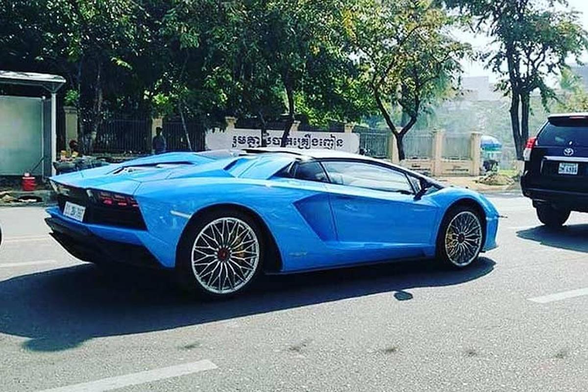 Sieu xe Lamborghini Aventador S mui tran cap ben Campuchia-Hinh-2