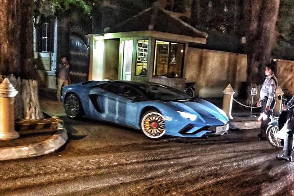 Sieu xe Lamborghini Aventador S mui tran cap ben Campuchia-Hinh-6