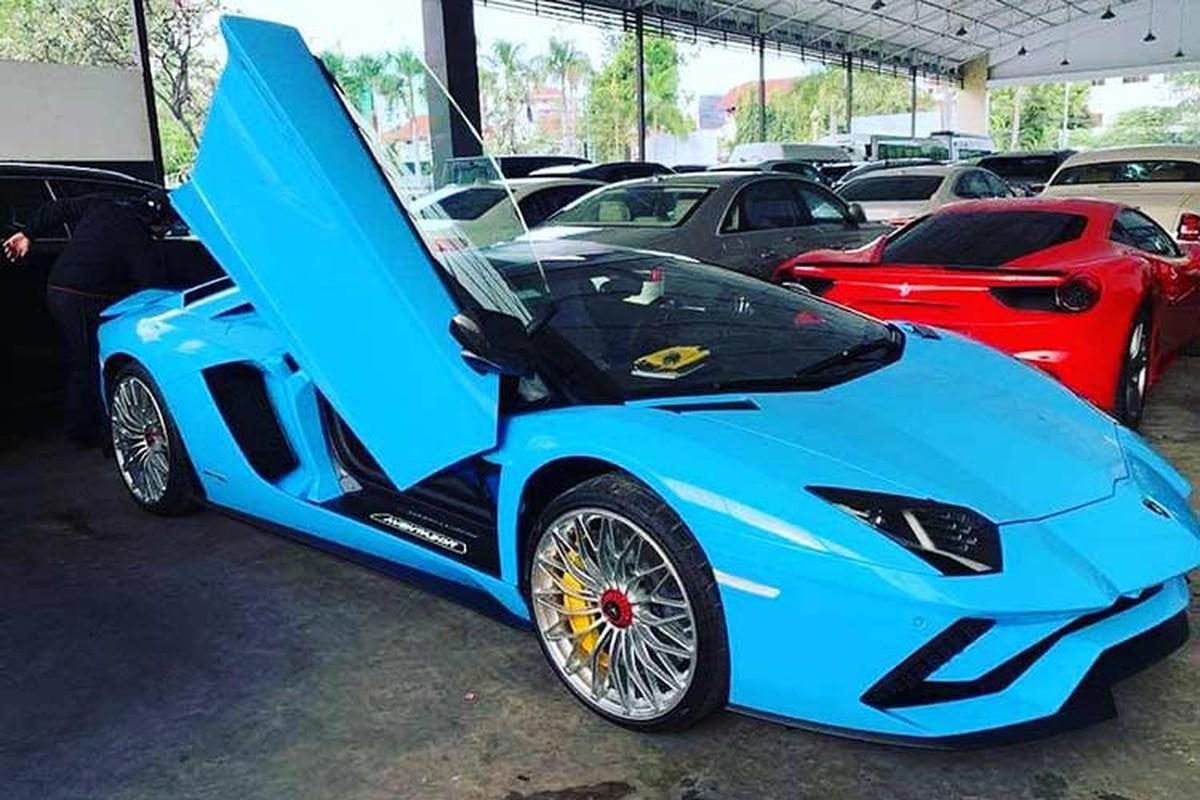 Sieu xe Lamborghini Aventador S mui tran cap ben Campuchia