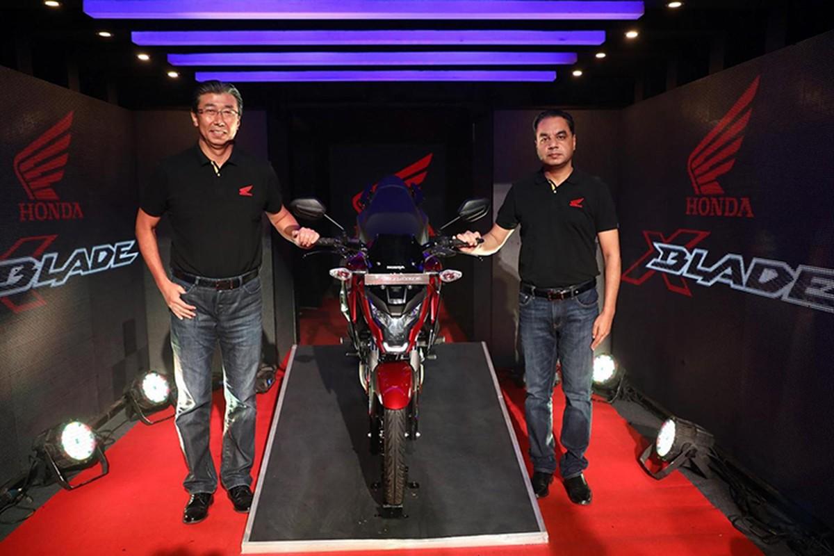 Xe moto sieu re Honda X-Blade ABS gia chi 28,7 trieu dong