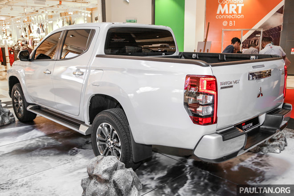 Mitsubishi Triton 2019 phien ban off-road gia 1,62 ty dong-Hinh-4