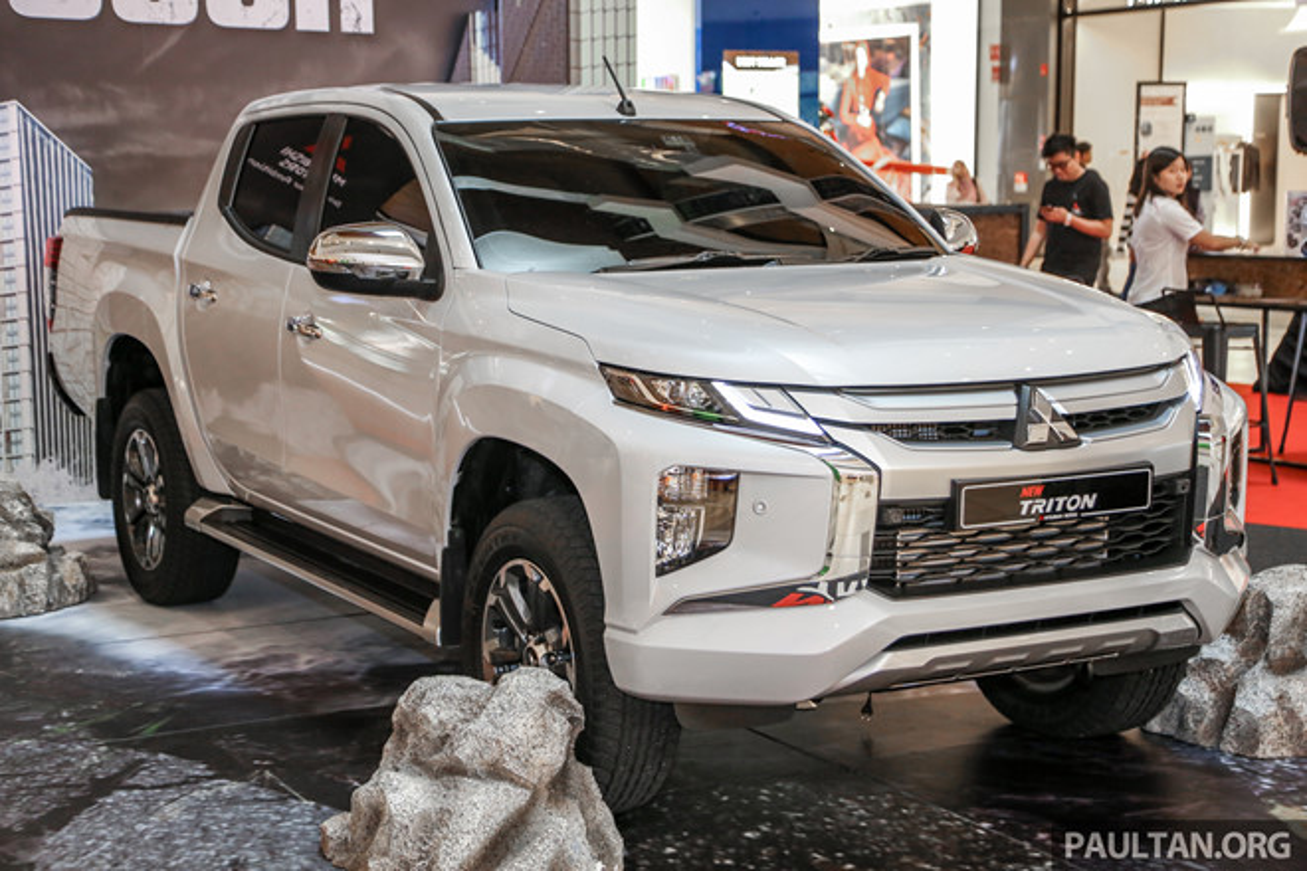 Mitsubishi Triton 2019 phien ban off-road gia 1,62 ty dong