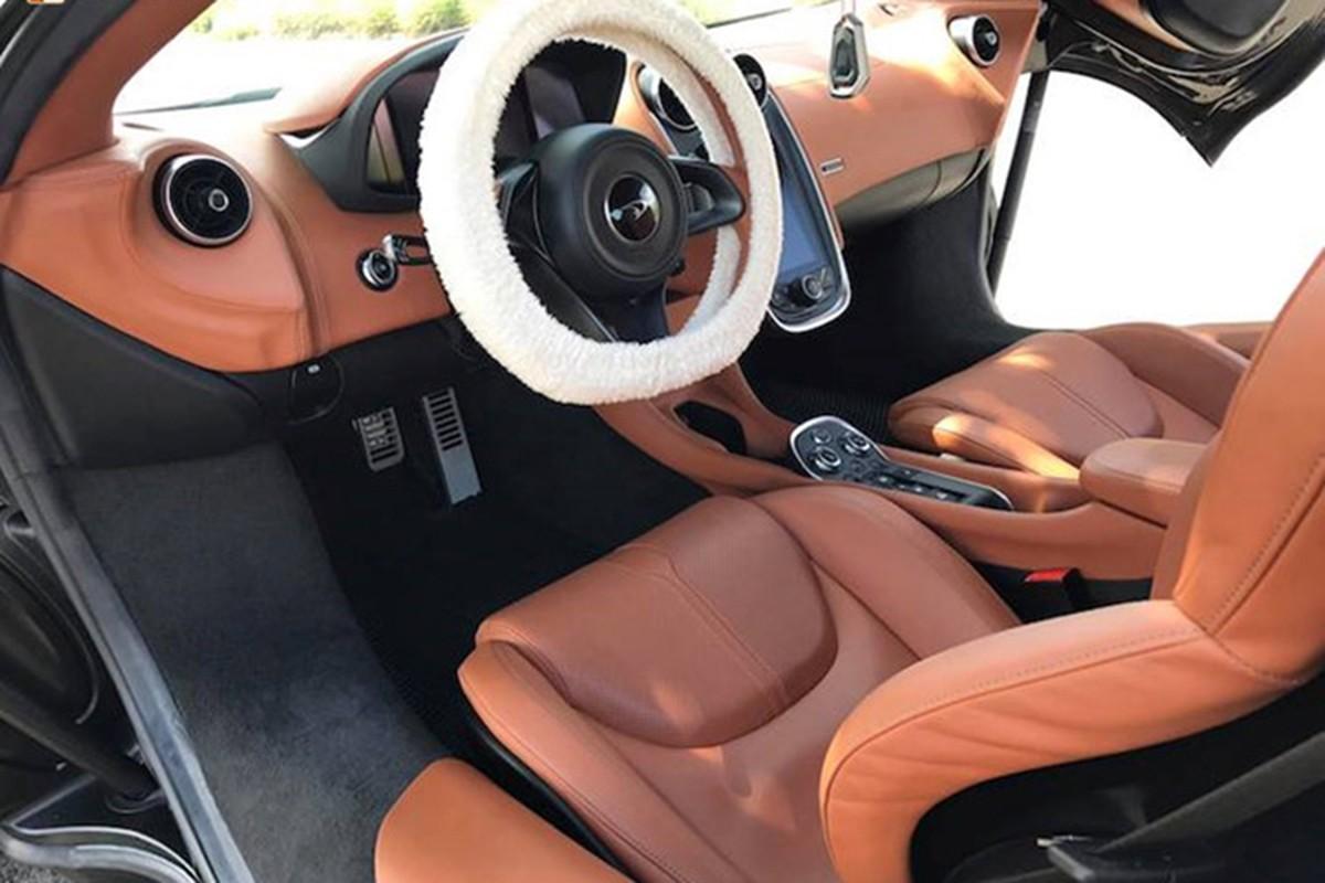 Sieu xe McLaren 12 ty khoac ao giang sinh tai Sai Gon-Hinh-5