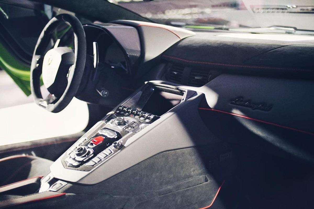 Sieu xe Lamborghini Aventador SVJ gia 35 ty tai Thai Lan?-Hinh-7