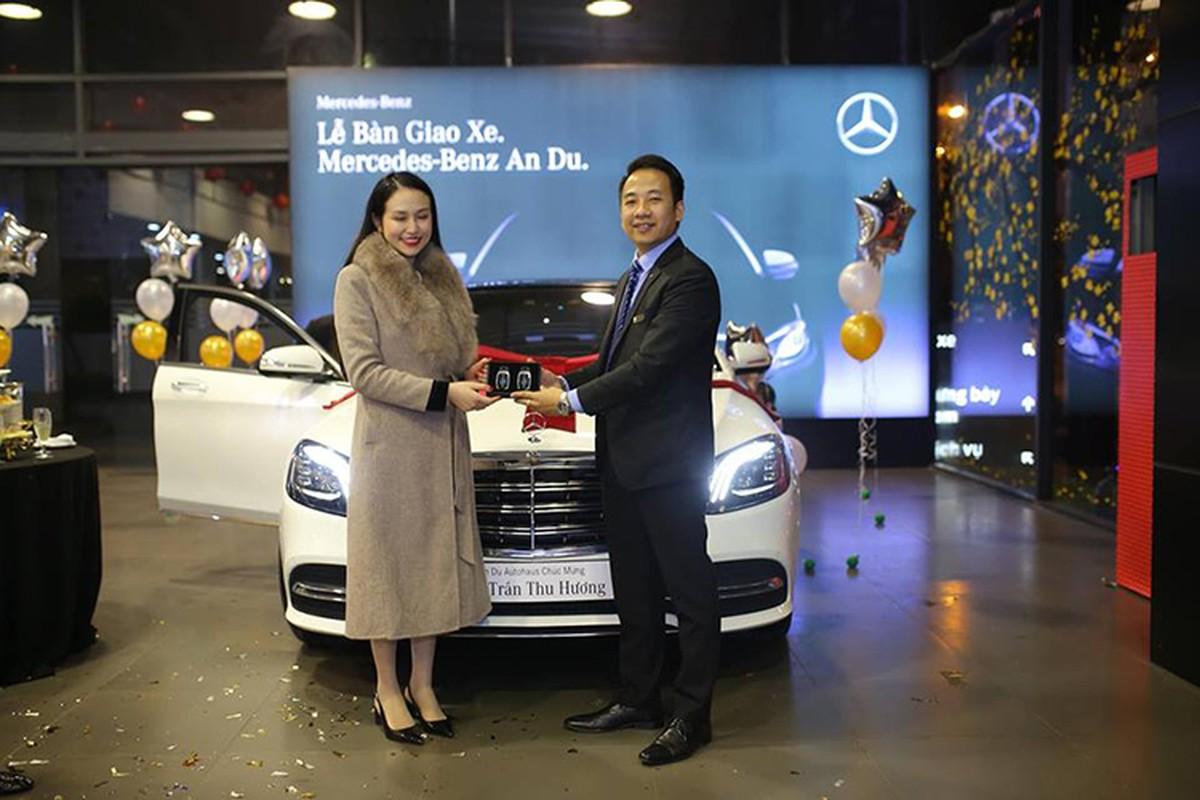 Tuan Hung tau xe sang Mercedes-Benz S-Class gia 4,8 ty-Hinh-2
