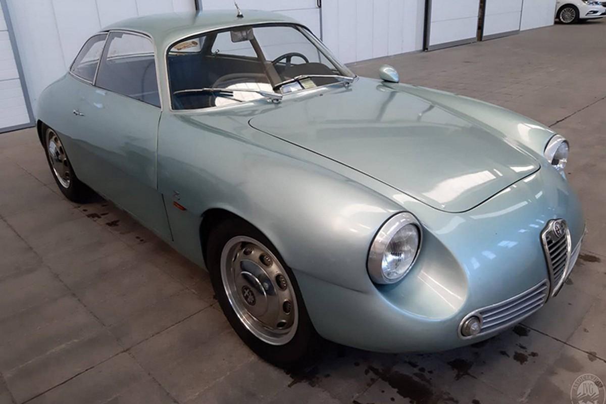 Alfa Romeo ngu duoi tang ham suot 35 nam gia 15 ty dong-Hinh-7