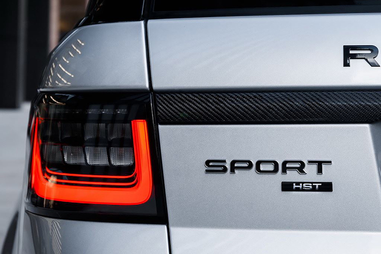 Chi tiet Range Rover Sport HST hybrid gia 2,42 ty dong-Hinh-8