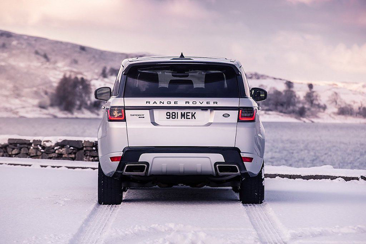 Chi tiet Range Rover Sport HST hybrid gia 2,42 ty dong-Hinh-9
