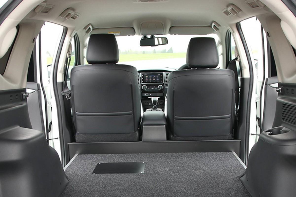 Ra mat SUV gia re Mitsubishi Pajero Sport ban 2 cho ngoi-Hinh-5