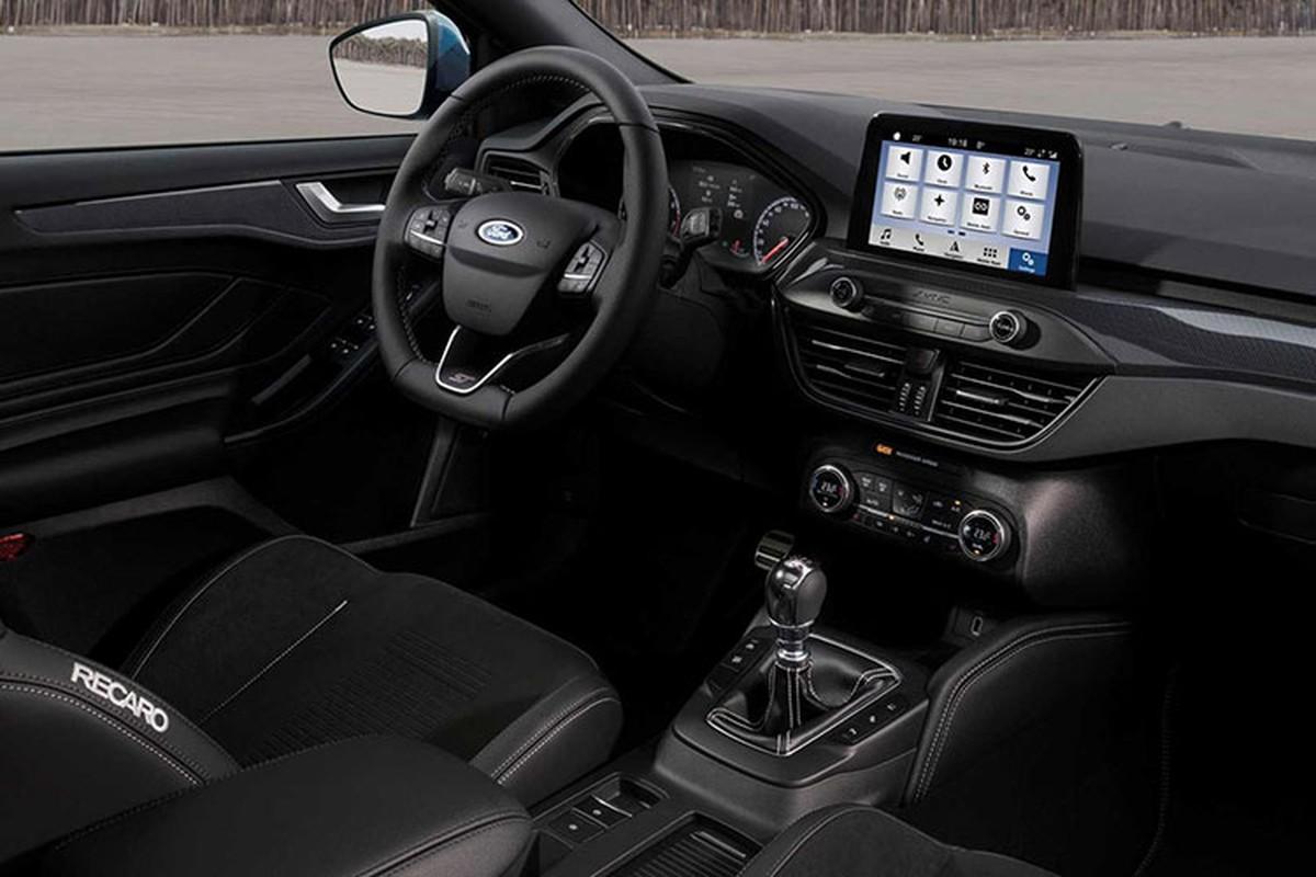 Chi tiet Ford Focus ST 2019 manh me va ham ho hon-Hinh-5