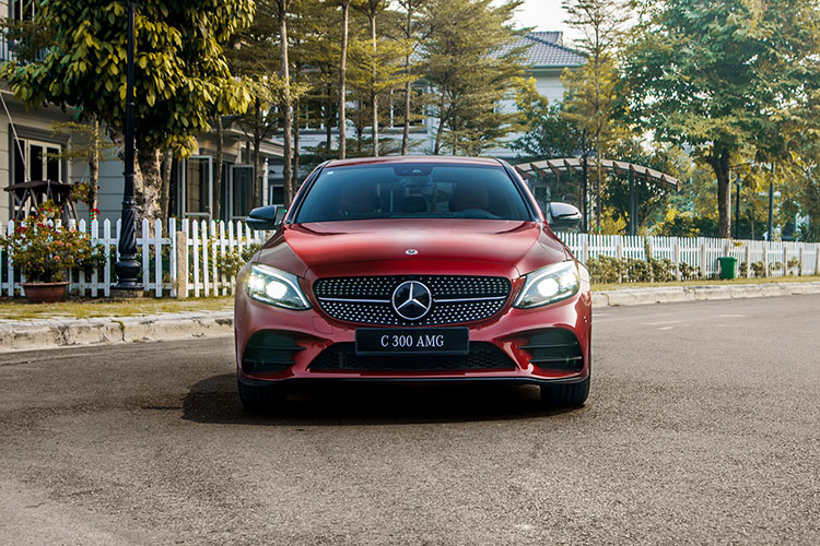 Can canh Mercedes-Benz C-Class 2019 gia tu 1,5 ty tai VN-Hinh-3