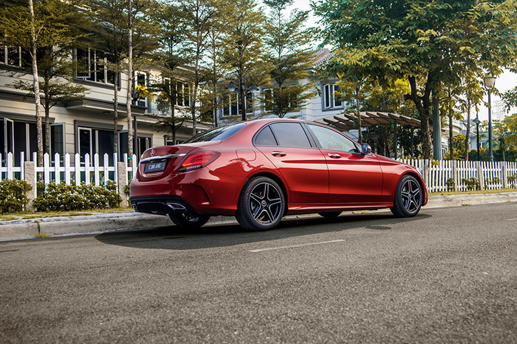 Can canh Mercedes-Benz C-Class 2019 gia tu 1,5 ty tai VN-Hinh-5