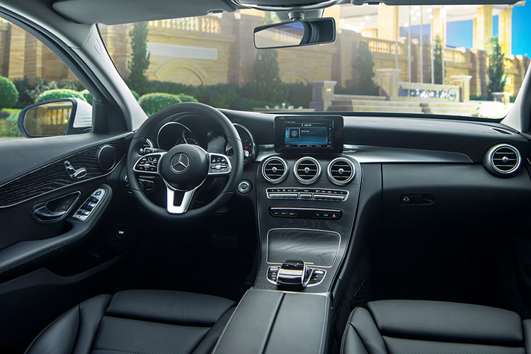 Can canh Mercedes-Benz C-Class 2019 gia tu 1,5 ty tai VN-Hinh-8