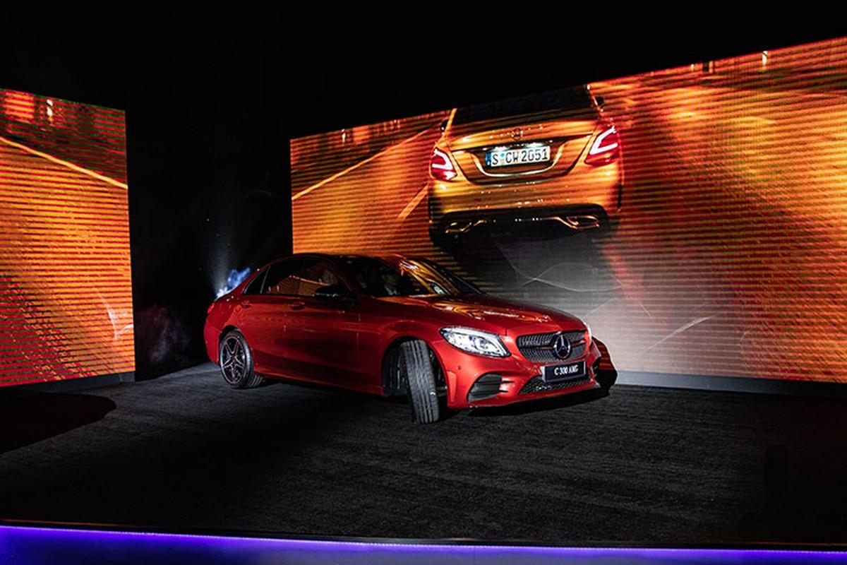 Ngo Kien Huy tau Mercedes-Benz C200 Exclusive gia 1,7 ty dong-Hinh-7