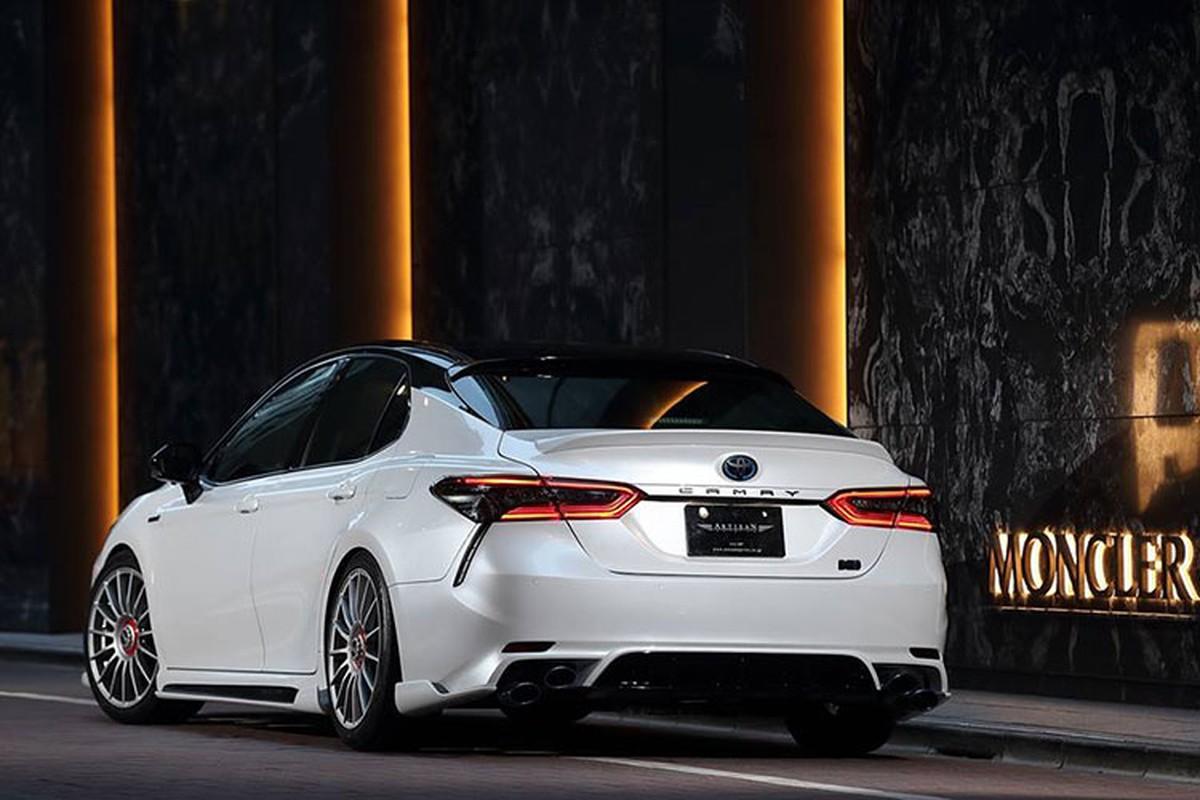 Toyota Camry 2019 dep long lanh voi goi do 60 trieu dong-Hinh-3