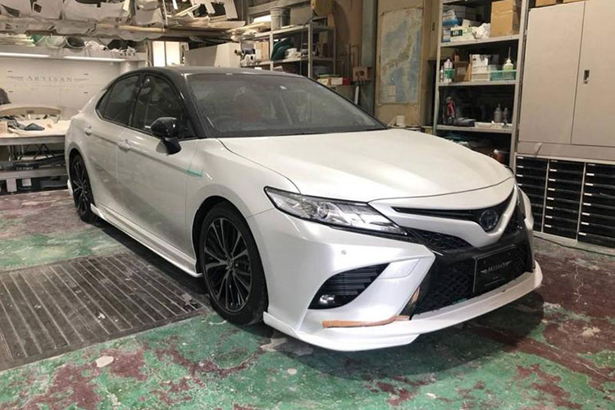 Toyota Camry 2019 dep long lanh voi goi do 60 trieu dong-Hinh-4