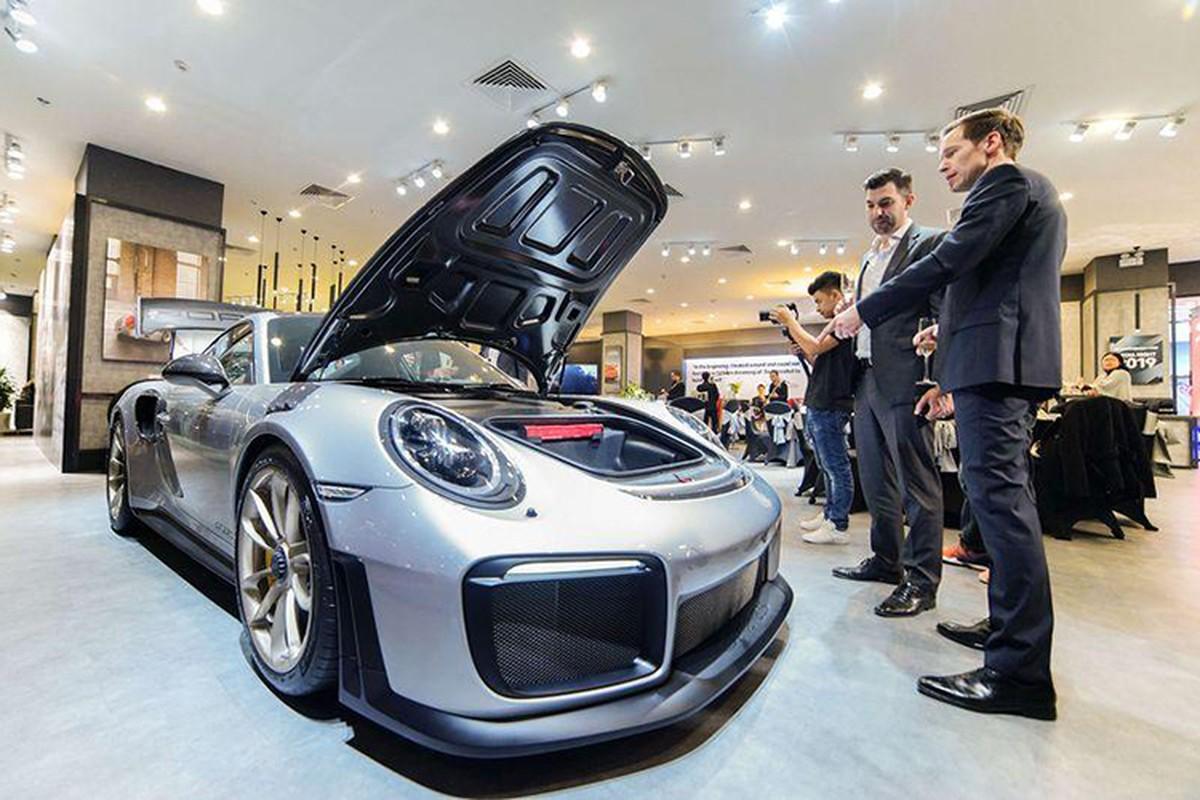 Dang Le Nguyen Vu sam Porsche 20 ty giua tam bao ly hon-Hinh-11