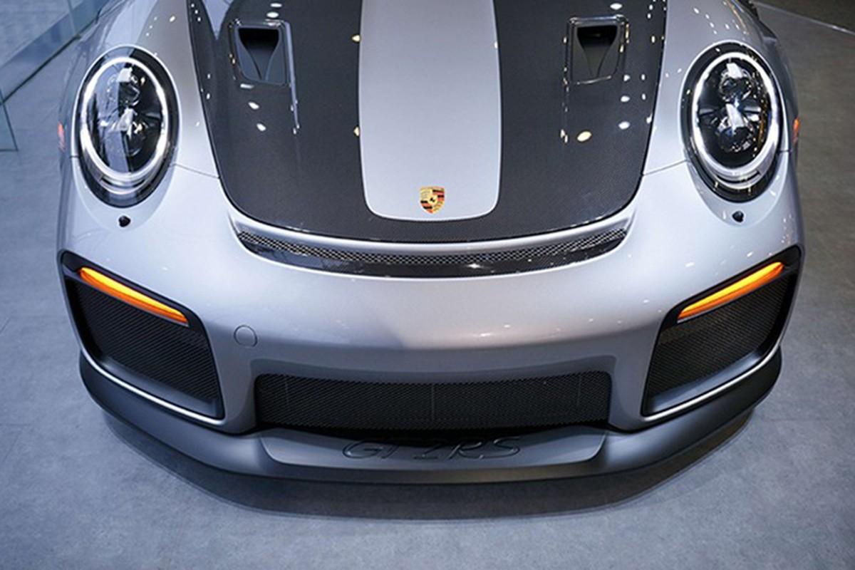 Dang Le Nguyen Vu sam Porsche 20 ty giua tam bao ly hon-Hinh-3