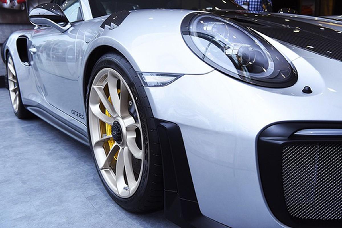 Dang Le Nguyen Vu sam Porsche 20 ty giua tam bao ly hon-Hinh-4