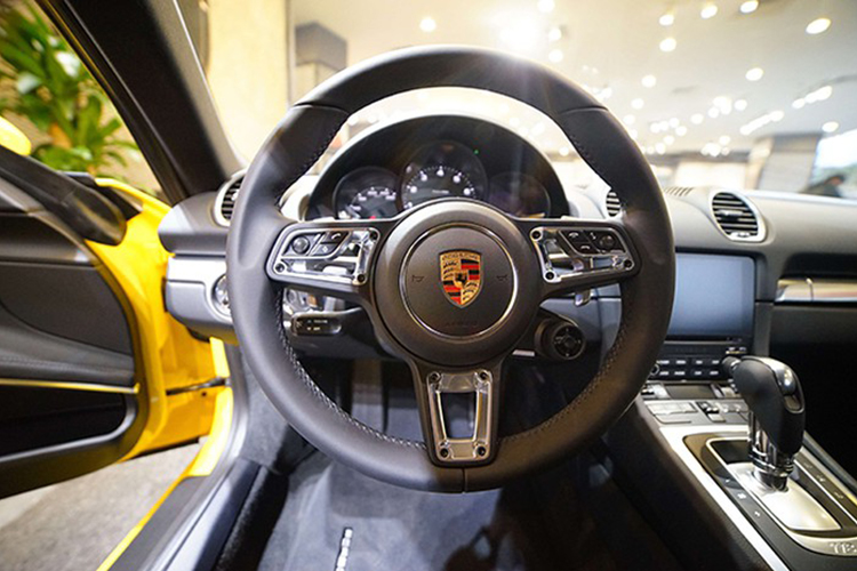 Dang Le Nguyen Vu sam Porsche 20 ty giua tam bao ly hon-Hinh-7