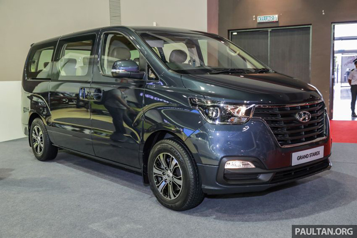 Hyundai Starex nang cap moi gia tu 847 trieu dong tai Malaysia