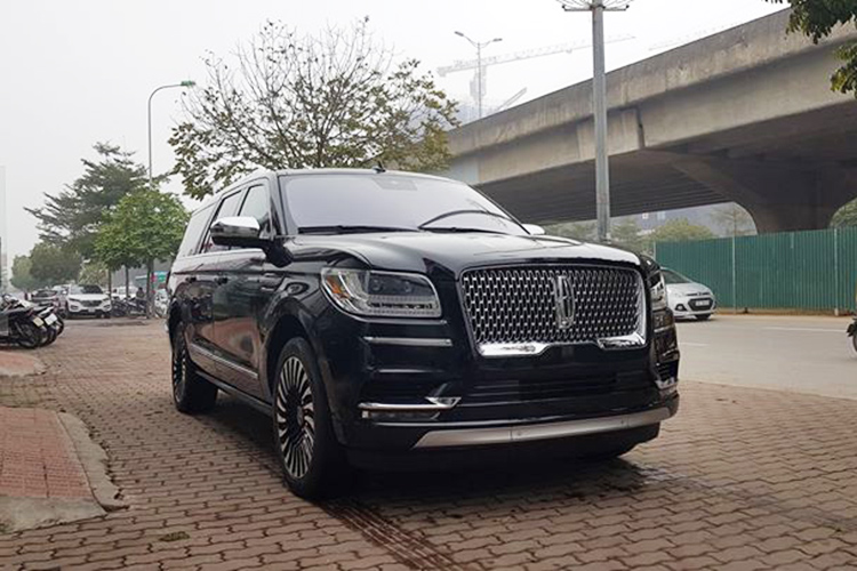 Can canh Lincoln Navigator 2019 gia 8,7 ty o Ha Noi-Hinh-10