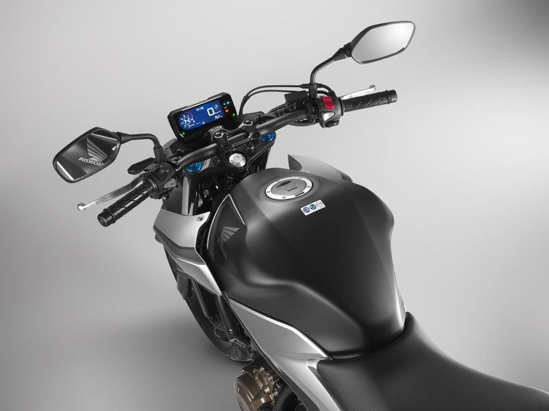 Chi tiet Honda CB500F moi gia 175 trieu tai Viet Nam-Hinh-4