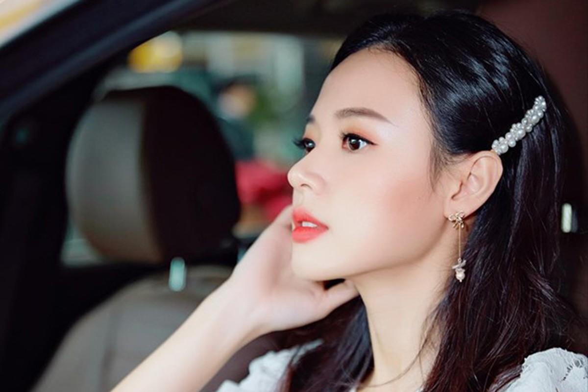 Khong can Phan Thanh, Midu van tau duoc Mercedes E-Class tien ty-Hinh-5