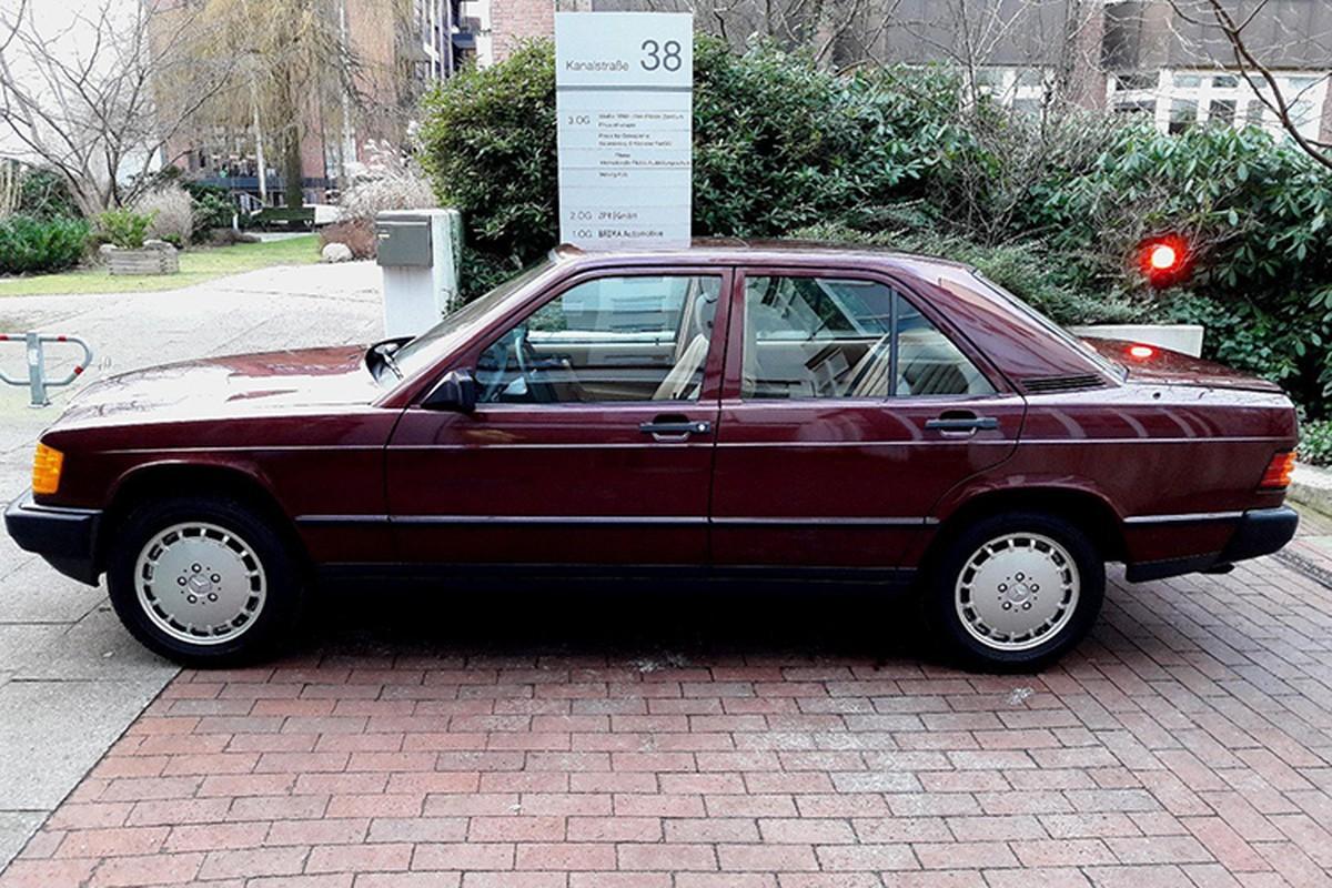Mercedes-Benz 190E sau 30 nam ban 1,3 ty dong-Hinh-2