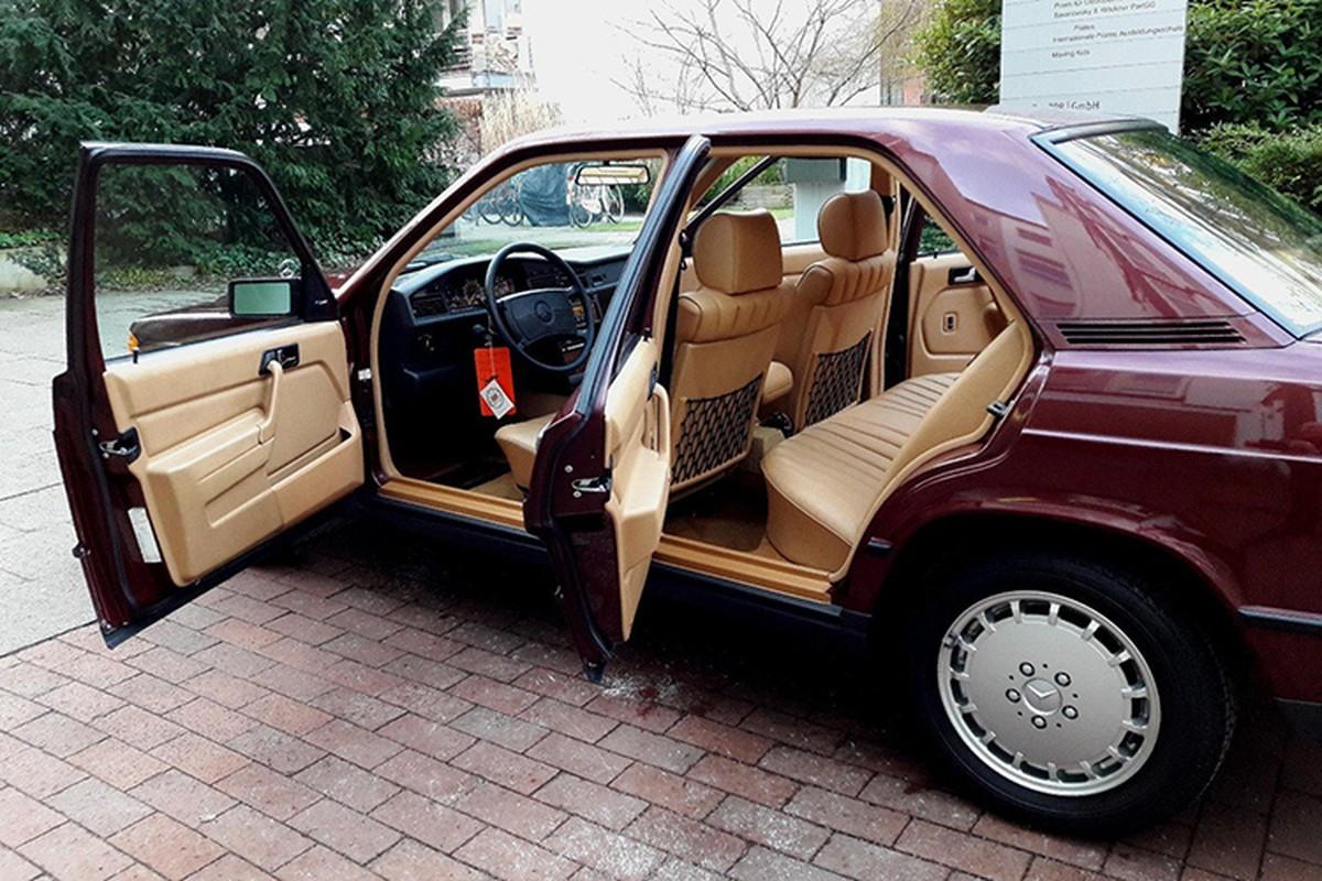 Mercedes-Benz 190E sau 30 nam ban 1,3 ty dong-Hinh-4