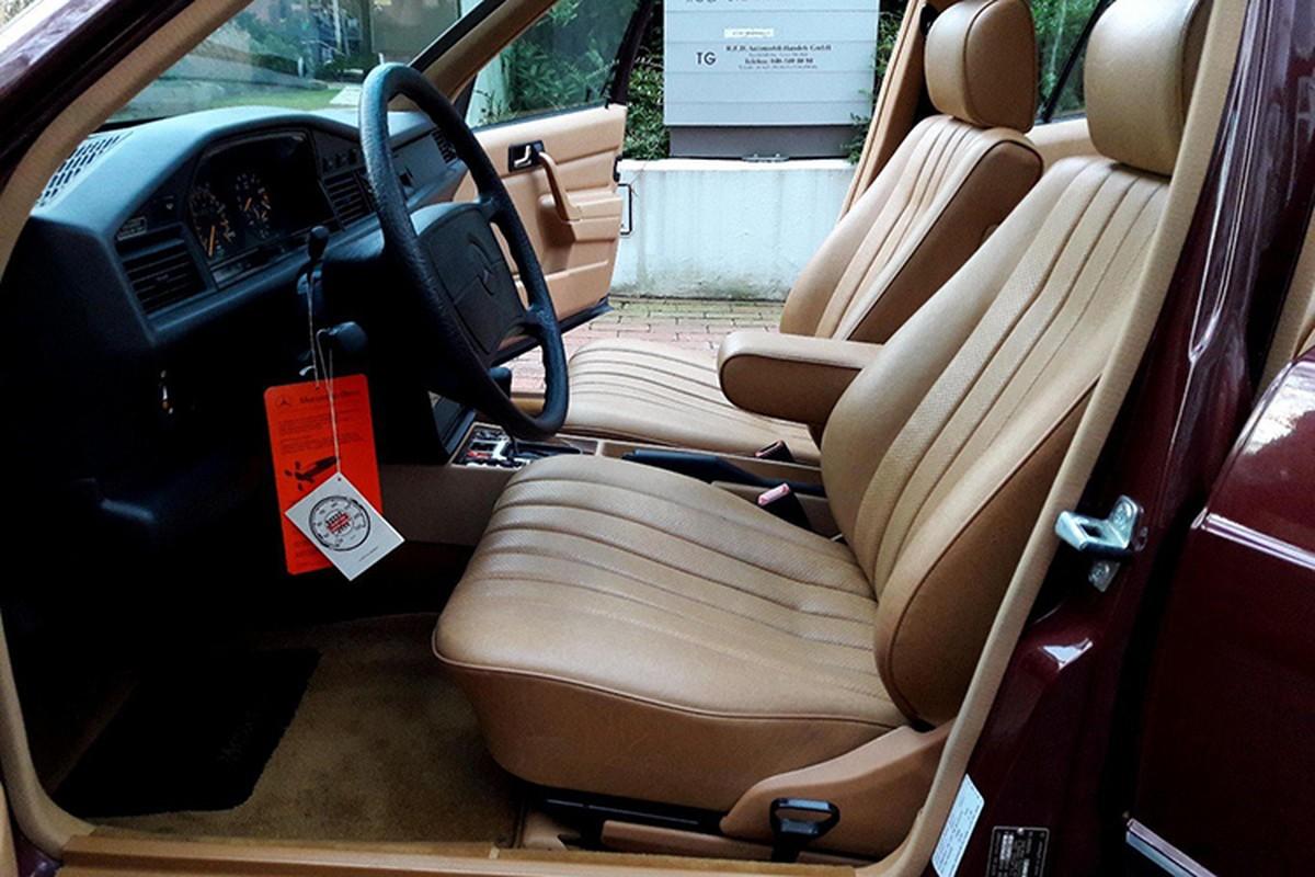 Mercedes-Benz 190E sau 30 nam ban 1,3 ty dong-Hinh-7