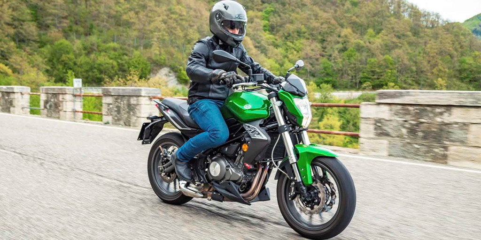 Nhung lua chon moto duoi 400cc tam gia 150 trieu dong-Hinh-4