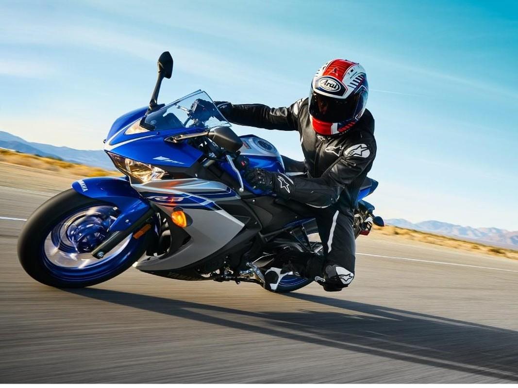 Nhung lua chon moto duoi 400cc tam gia 150 trieu dong