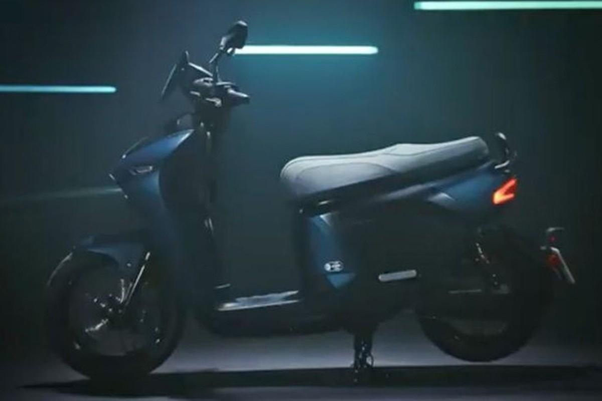 """Yamaha """"nha hang"""" xe ga dien EC-05 hoan toan moi"""