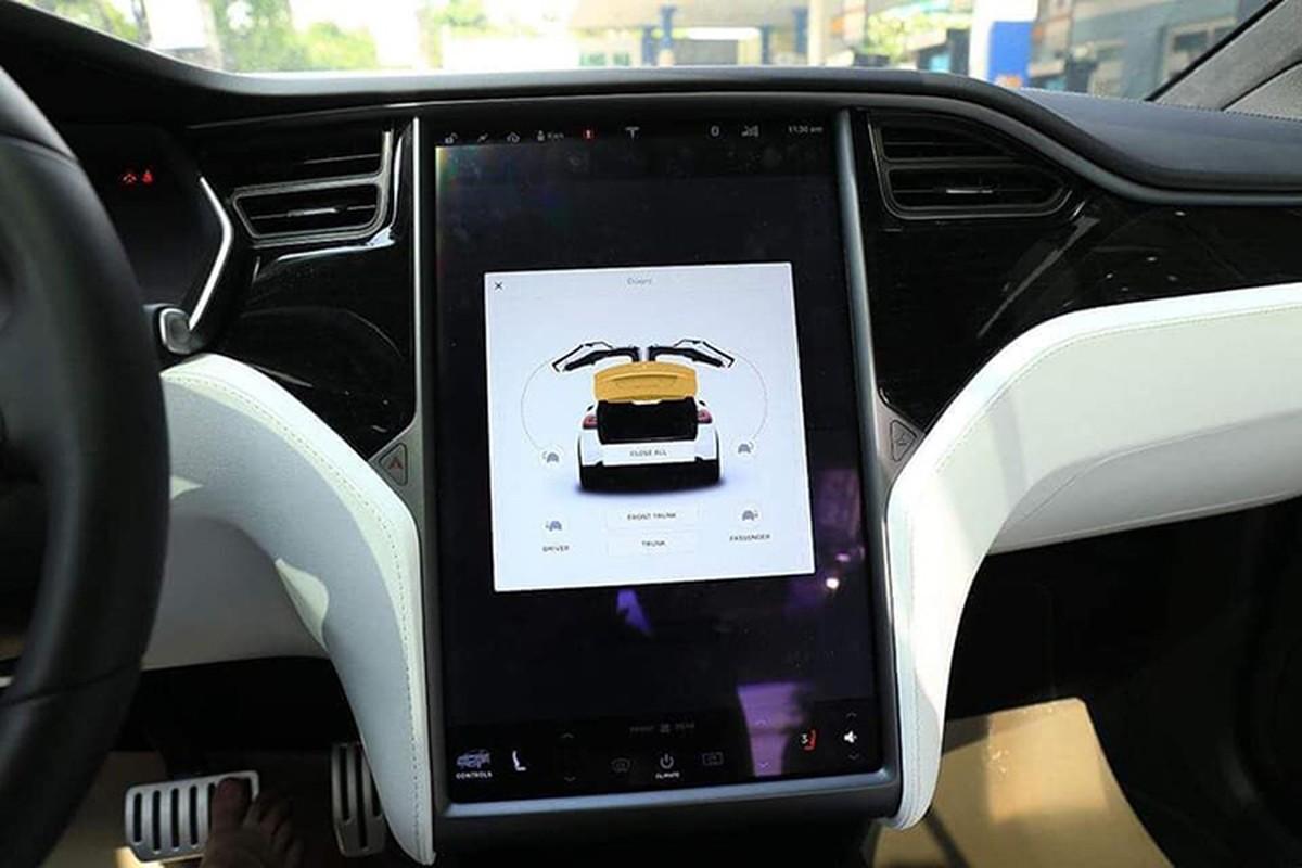 Tesla Model X P100D hon 8 ty len san xe cu Ha Noi-Hinh-8