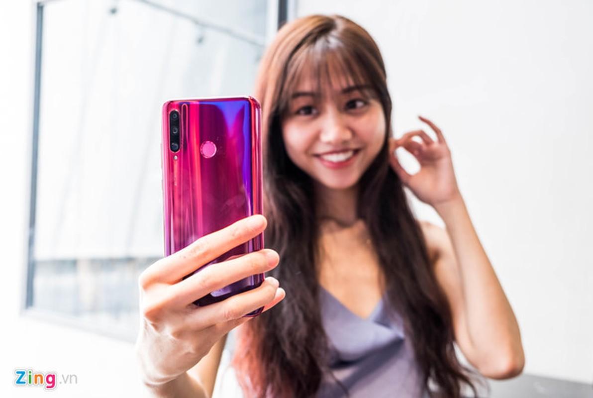 Loat smartphone giam gia hang trieu dong cuoi thang 6-Hinh-6