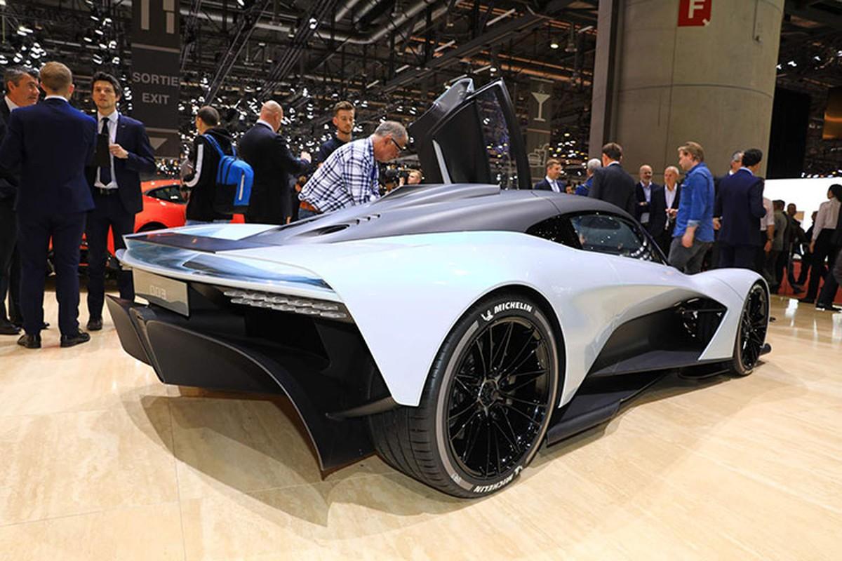 Diep vien 007 se cam lai Aston Martin Valhalla 1,9 trieu USD-Hinh-4