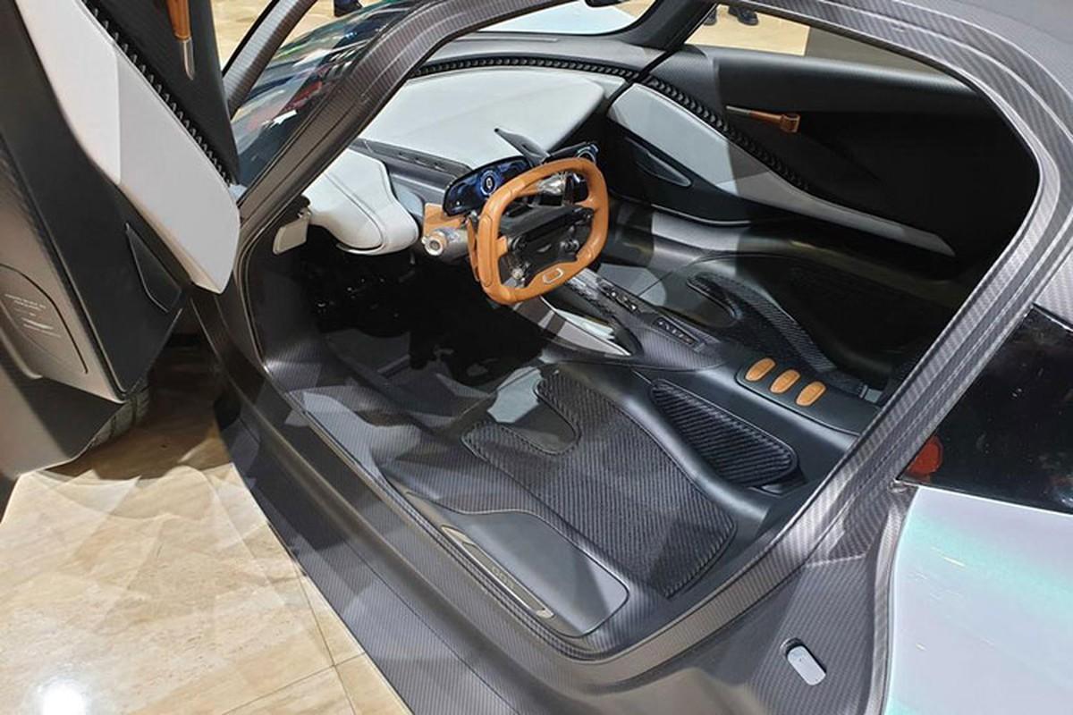 Diep vien 007 se cam lai Aston Martin Valhalla 1,9 trieu USD-Hinh-5