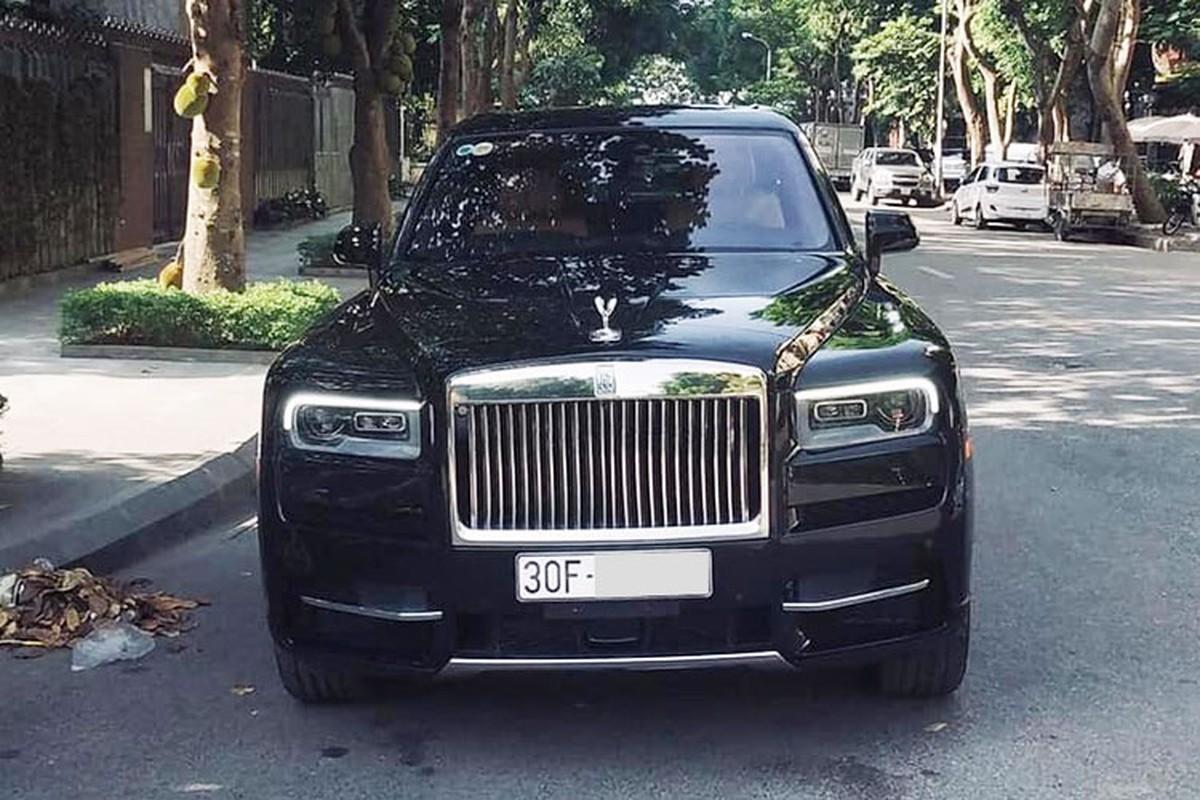 Xe Rolls-Royce Cullinan hon 41 ty ra bien trang o Ha Noi