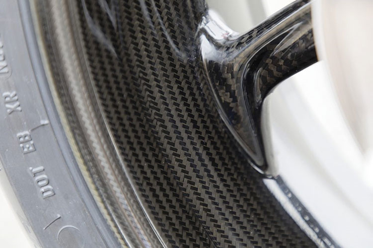 Sieu moto BMW S1000RR 2019 tu 625 trieu dong tai An Do-Hinh-7