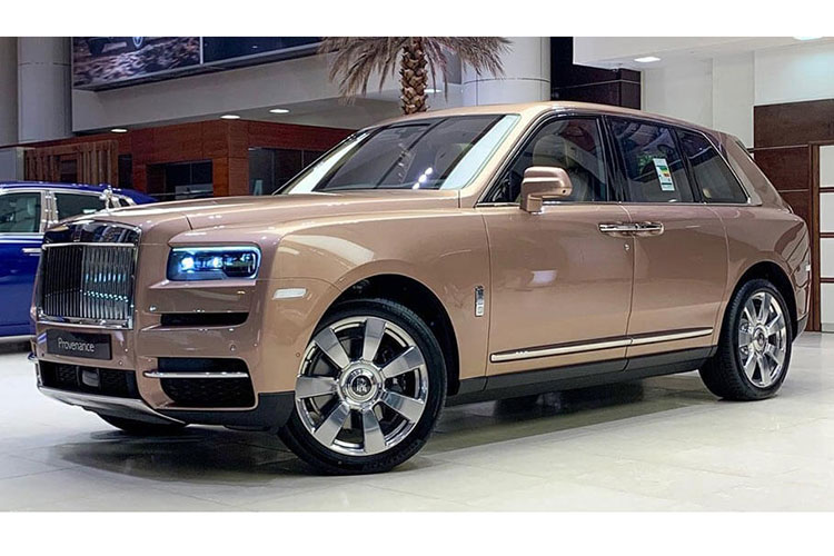 SUV sieu sang Rolls-Royce Cullinan noi bat voi chi tiet