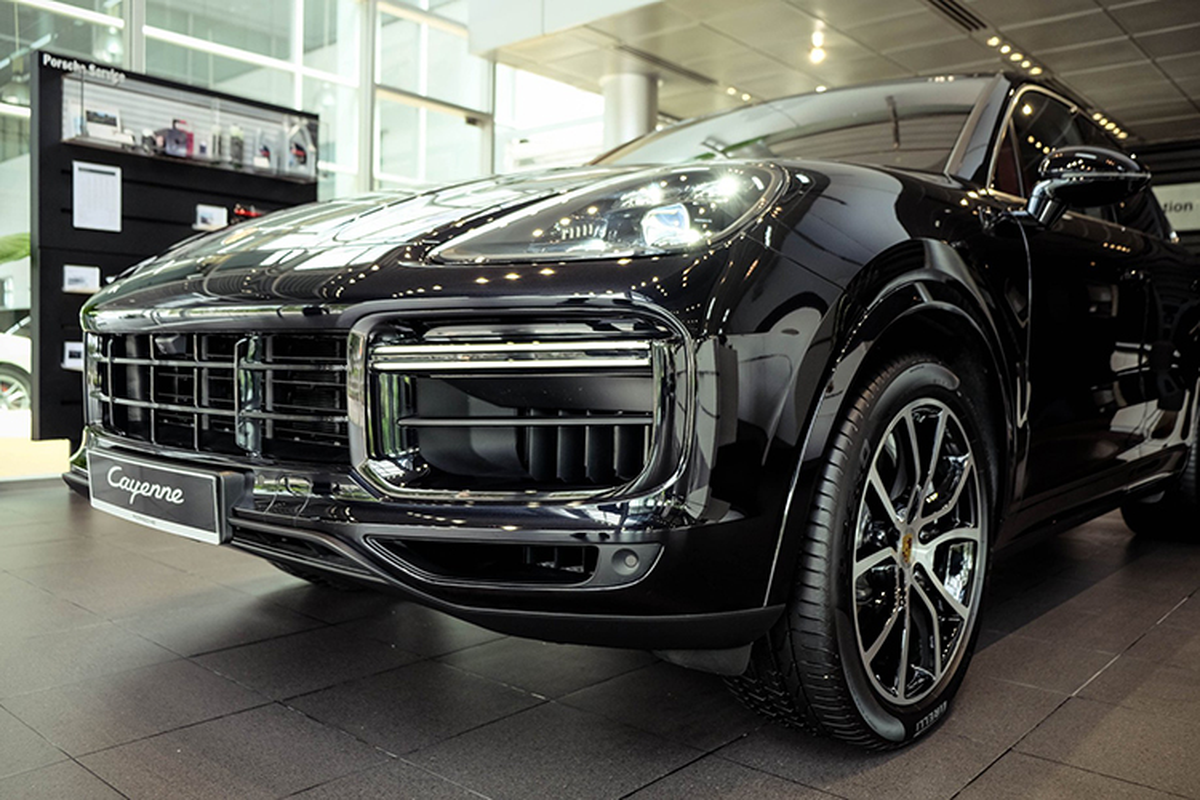 Porsche Cayenne Turbo moi hon 9 ty dong tai Viet Nam-Hinh-9