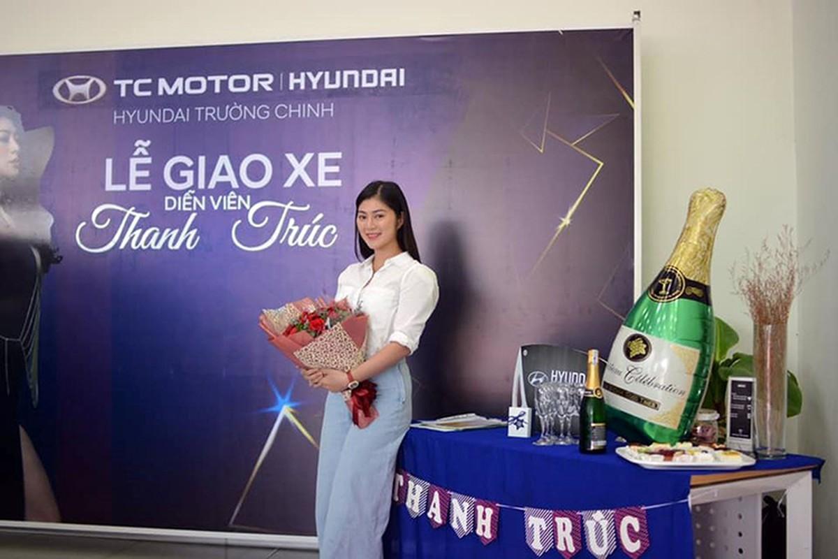"""Nguoi dep Thanh Truc """"tau"""" Hyundai Santa Fe 2019 hon 1 ty dong-Hinh-2"""