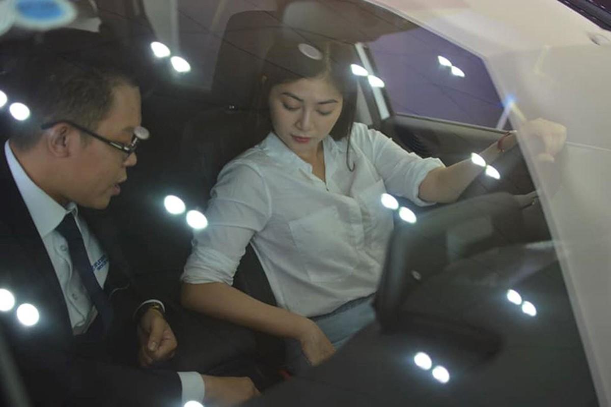 """Nguoi dep Thanh Truc """"tau"""" Hyundai Santa Fe 2019 hon 1 ty dong-Hinh-4"""