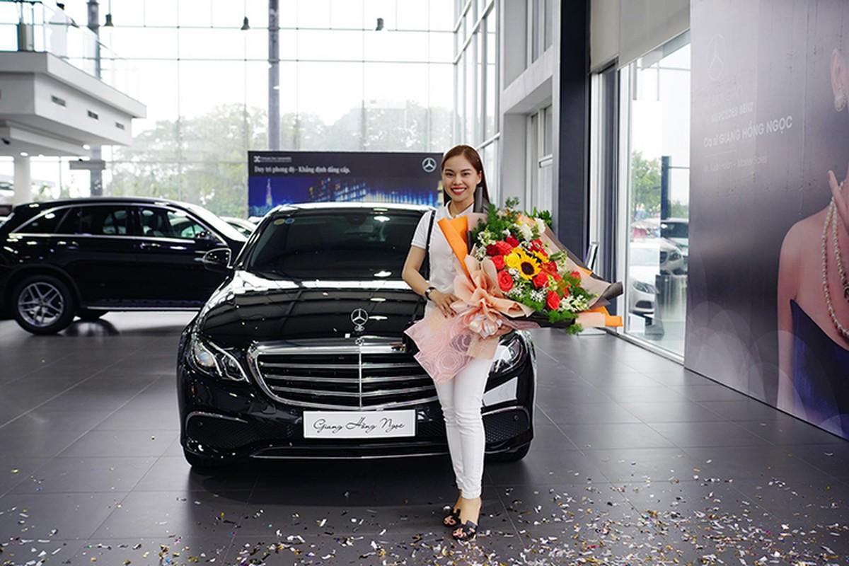 Giang Hong Ngoc tau xe sang Mercedes-Benz E-Class hon 2 ty