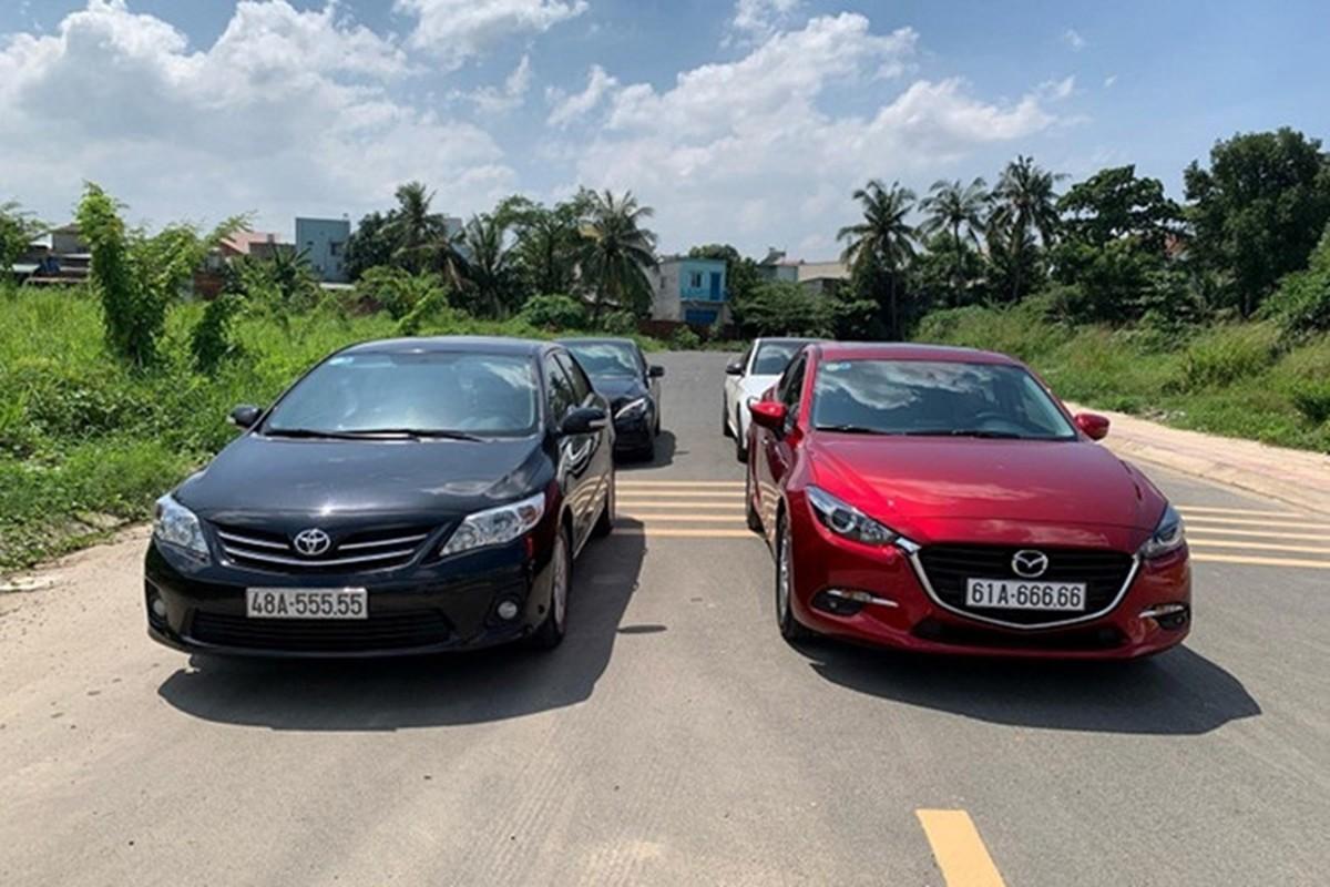 Dai gia Binh Duong chi gan 2,7 ty mua Mazda3 bien khung-Hinh-2