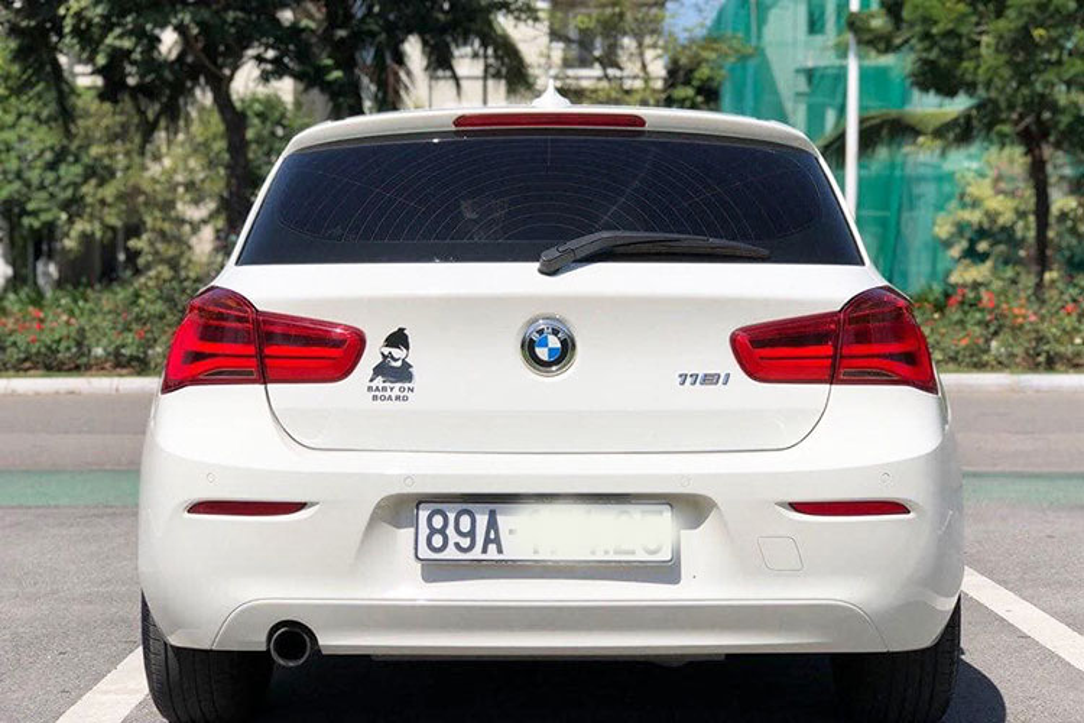 Xe BMW 118i dung 3 nam lo hon 400 trieu tai Viet Nam-Hinh-4